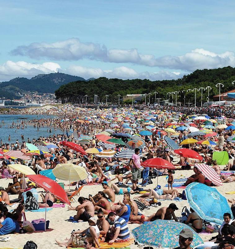 playa samil verano