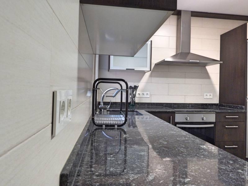 apartamento pi margall cocina
