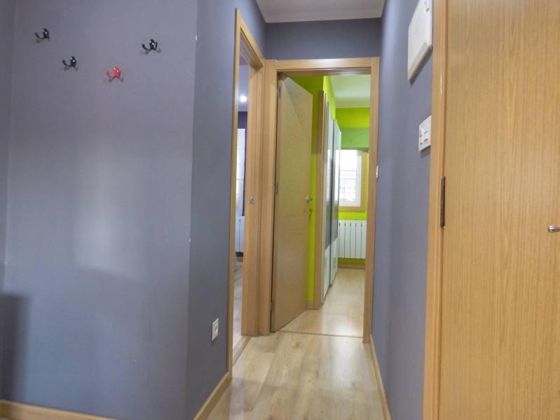 apartamento pi margall pasillo